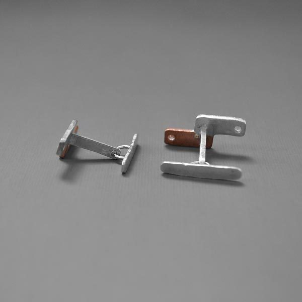 Close in Heart horizontal bars cuff links side and back views