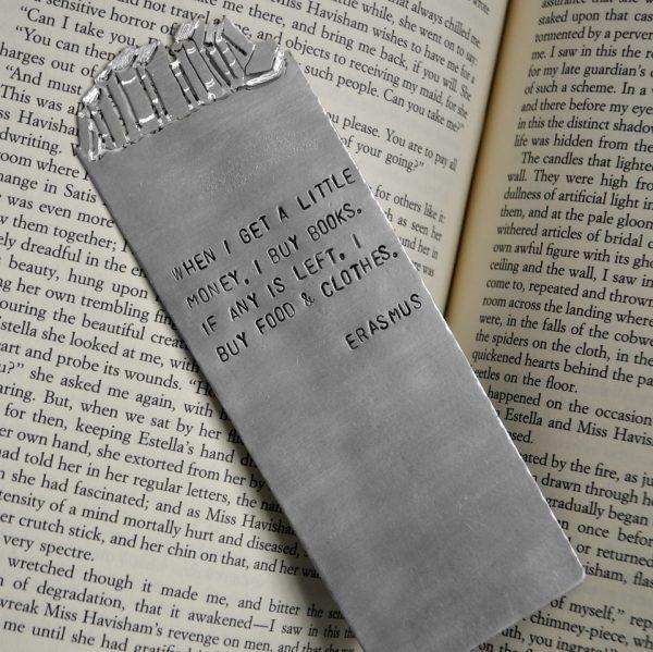 Bookshelf Bookmark lifestyle photo